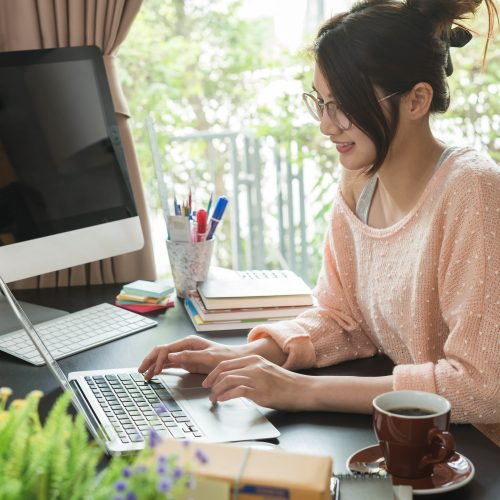 5 Tips to Help You Work Remotely in an Apartment
